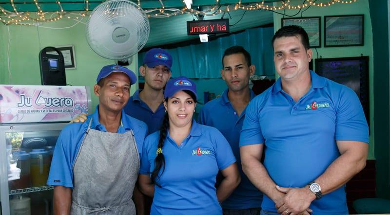 Juan Alberto (far right) and the workers of La Juguera.