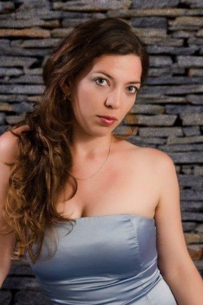 Lianne Vega.