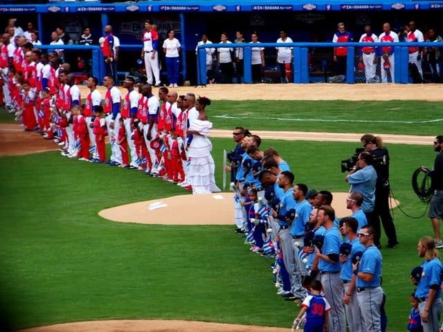 Team Cuba and the Tampa Bay Rays before the game.