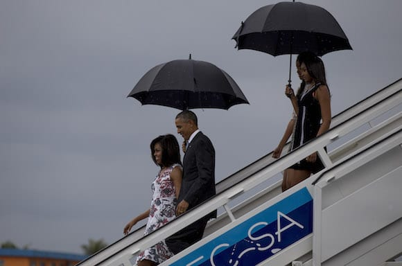 The Obamas arriving to Havana on Sunday afternoon.