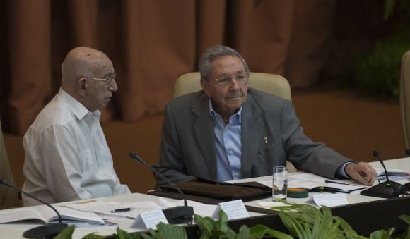 Jose Ramon Machado Ventura, 85 and Raul Castro, 84, were confirmed to lead the Communist Party of Cuba for five more years.  Photo: Ismael Francisco/cubadebate.cu