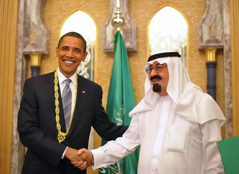 Obama and the Saudi Prince: In Saudi Arabia the US president did not speak out in favor of democracy and human rights as it did in Cuba.