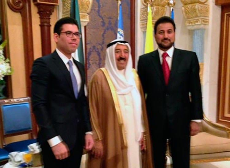 Laureano Ortega, asesor de Inversiones del Gobierno, junto a Mohamed Lashtar, secretario privado del comandante Daniel Ortega, en una visita a Kuwait. (Foto: Presidencia).