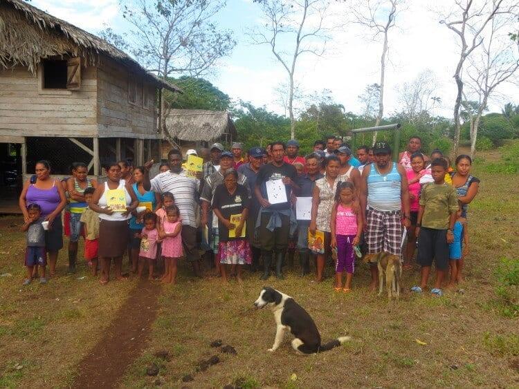 Indigenous people in Bankuktuk taik. Foto: Popol Na