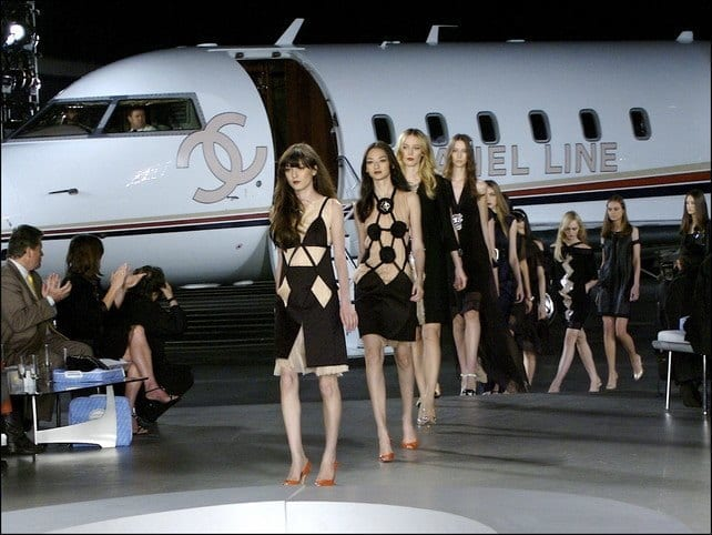 Chanel arrives in Cuba.