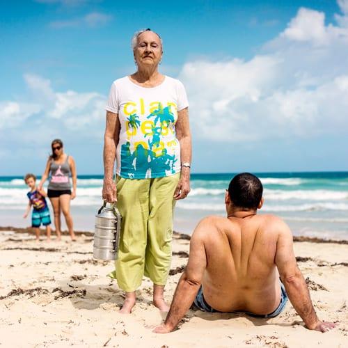 Clandestina-en-la-playa