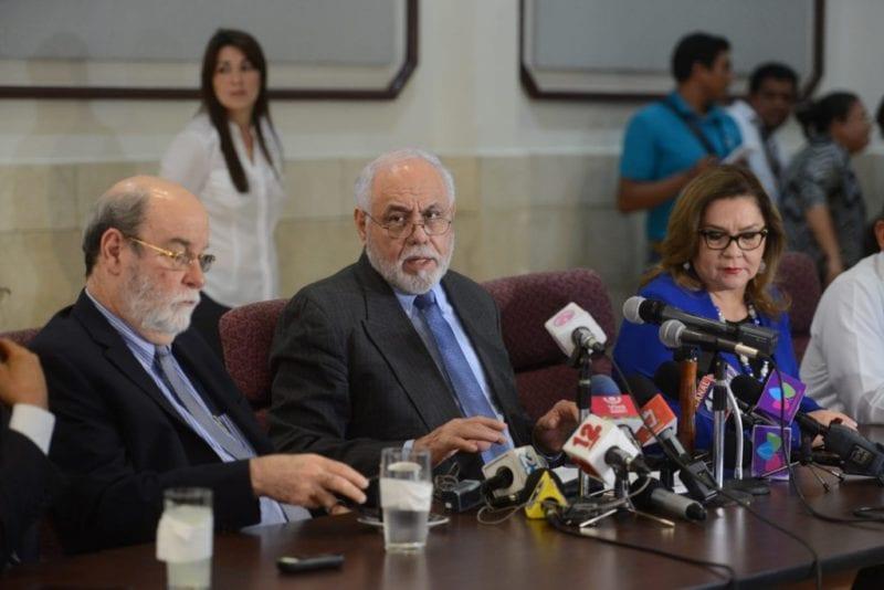 Los magistrados de la Sala Constitucional dando a conocer la sentencia sobre la litis del PLI. Carlos Herrera/Confidencial
