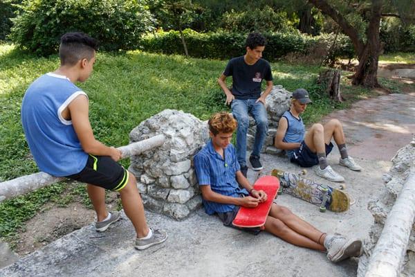 Adolescents. Photo: Juan Suarez