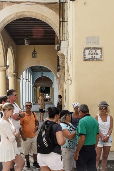 Group of tourists in Old Havana. Photo: Juan Suarez