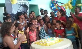 Children celebrate Fidel Castro's 90th birthday at a home for children without a family home, in Cuba.  Photo: radiorebelde.cu.