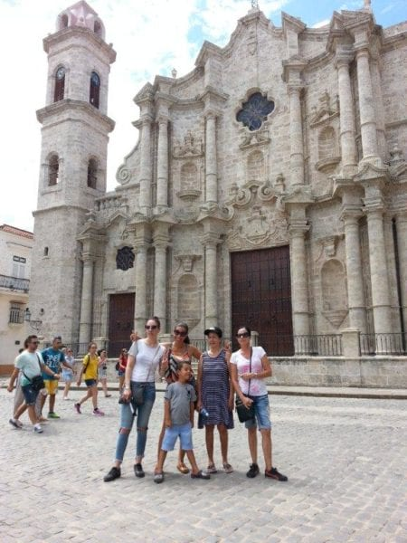 Con mi familia en La Habana Vieja