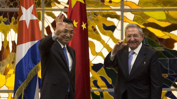 primer-ministro-de-china-li-keqiang-y-raul-castro-en-la-habana-1