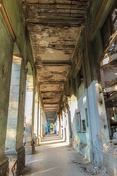 Portal peligroso. Foto: Juan Suárez