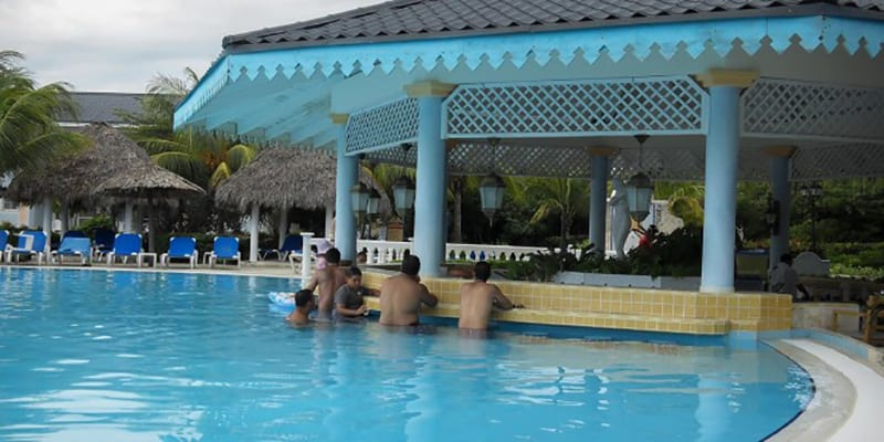 Cubans are Tourists in Spain and in Varadero's Hotels ...