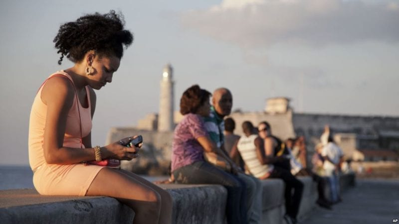 Virtual Dating on Telegram: a Growing Trend among Cubans