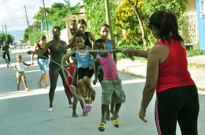 havana-times-summer-in-the-streets-in-guantanamo